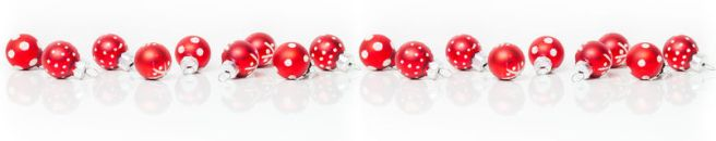 christmas-card-banner-red-baubles-62137383